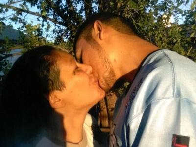Monica Mares e Caleb Peterson afirmam ter praticado relações sexuais Monica Mares/Cortesia