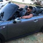 Bruno Shinoda ostenta carros de luxo pela cidade