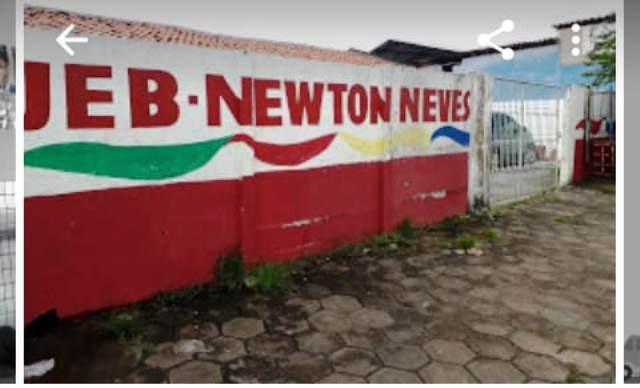 Prefeitura e Secretaria de Educação de São Luís deixam alunos 3 meses sem aula por falta de professor