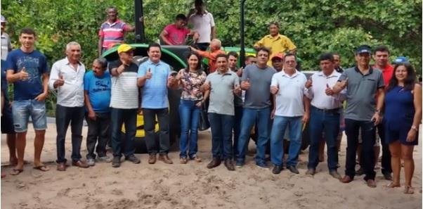 Parceria Rigo Teles/Hildo Rocha resulta na entrega de máquinas para Barra do Corda e Fernando Falcão