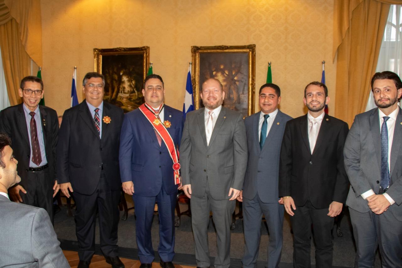 Assembleia Legislativa homenageia presidente nacional da OAB