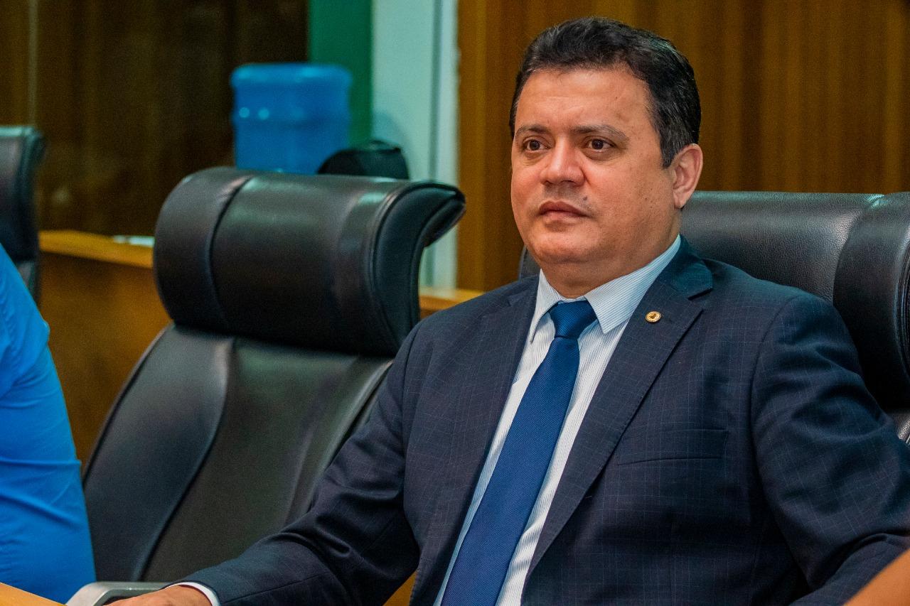 Rigo Teles destina emendas parlamentares para a saúde