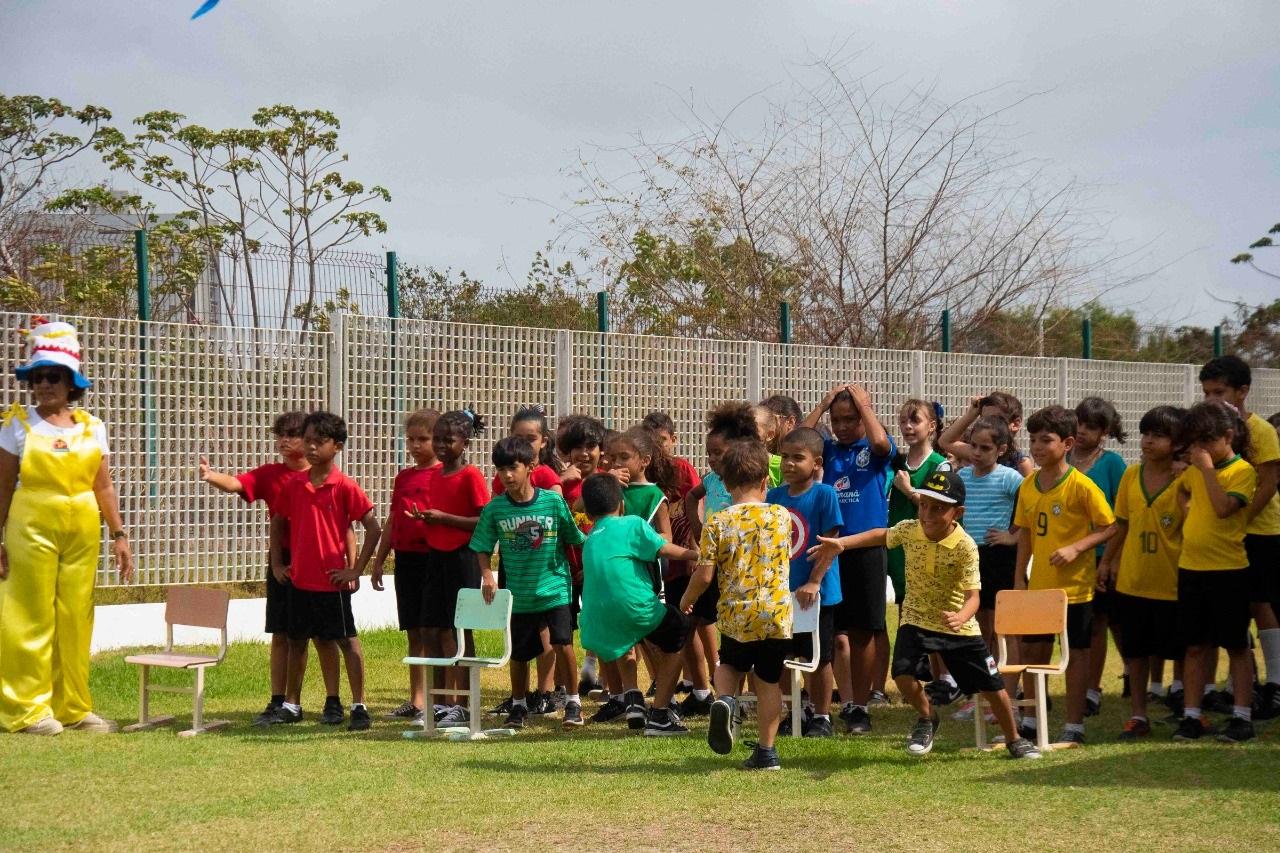 Alunos da Creche-Escola Sementinha participam de programação especial alusiva ao Dia da Criança