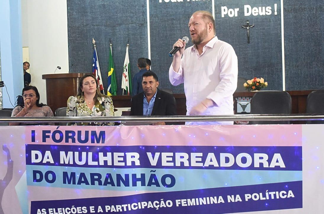 Othelino destaca em fórum ações da Alema que incentivam a participação feminina na política