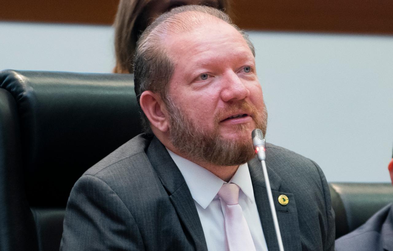 Deputados de todas as correntes políticas destacam trabalho de Othelino como presidente da Assembleia
