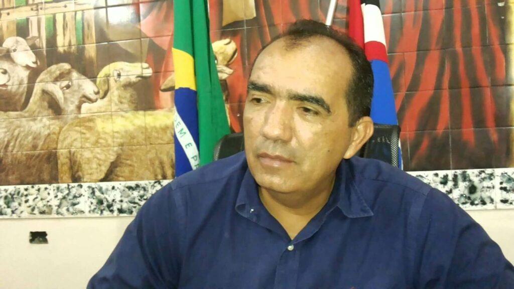 Ex-prefeito de Pedreiras é condenado por inadimplência no pagamento de dívida judicial do município