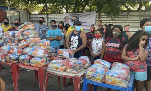 Cruz Vermelha e Blog do Luís Cardoso entregam cestas da live da Mara Pavanelly