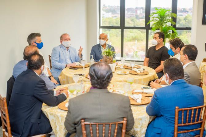 Othelino Neto discute investimentos ao setor produtivo com dirigentes da Fiema