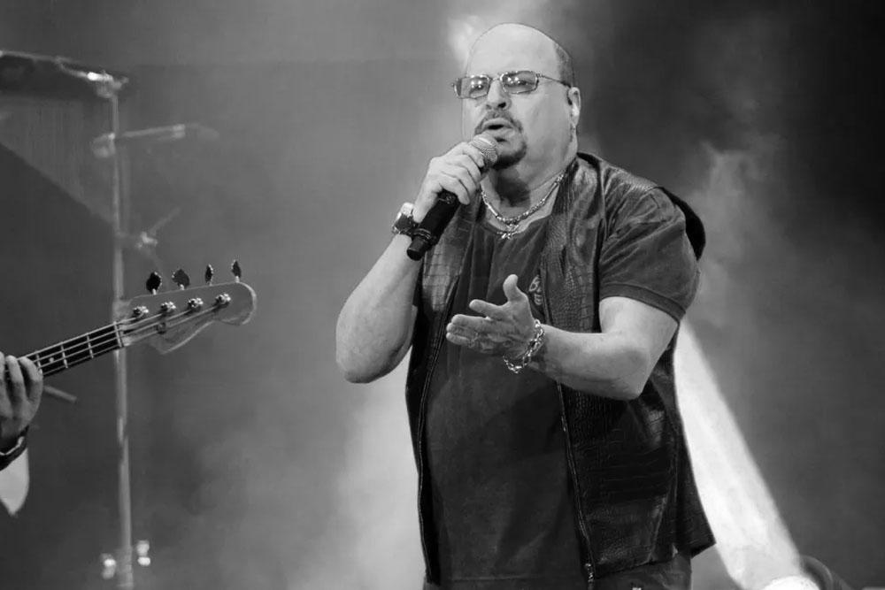 Vocalista do Roupa Nova morre após contrair Covid-19