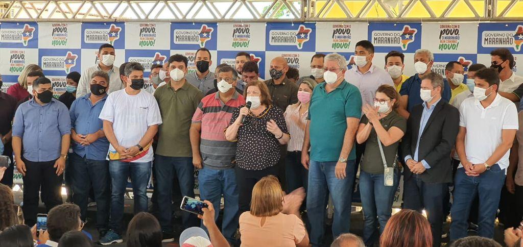 Em Matões, Flávio Dino entrega obras e serviços conquistados por Dra Cleide